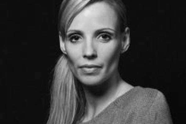 Anne Jung, Dresden Frankfurt Dance Company, Allemagne