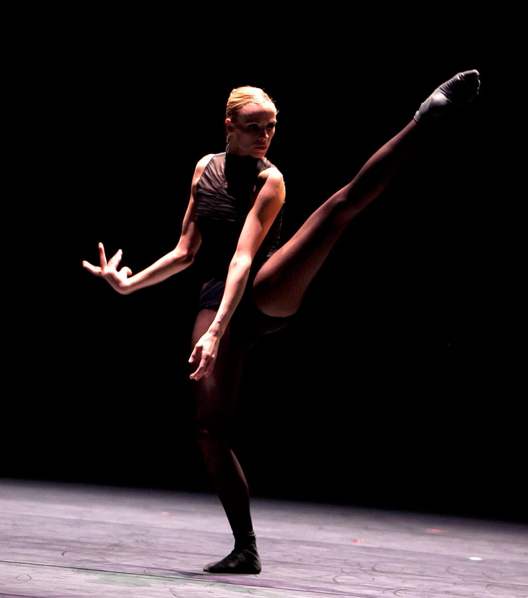 r 233 seau f a r notre agenda gt les hivernales de la danse